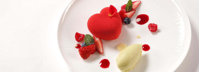 【月に1度のBIGフェア】<br>見学も特典も月イチ<br>婚礼メイン料理を実食!