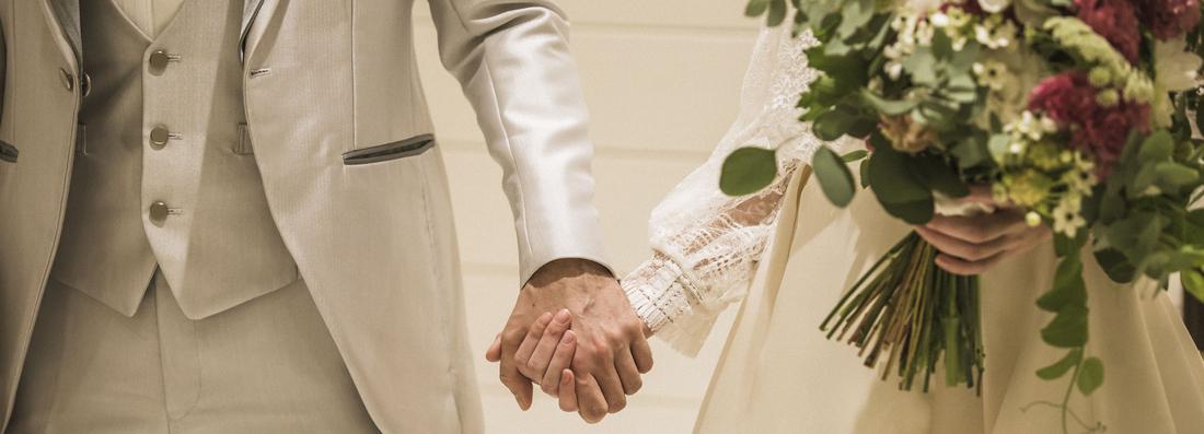 1月限定・挙式料半額プレゼント!<br>6月挙式でさらに嬉しい特典付☆<br>【平日限定】30名様の満足挙式が叶う<br>少人数ご結婚式専門相談会