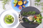 月に1度のBIGフェア!☆特選牛フィレ肉とフォアグラの試食会も開催☆<br>海を臨むチャペルは必見!!